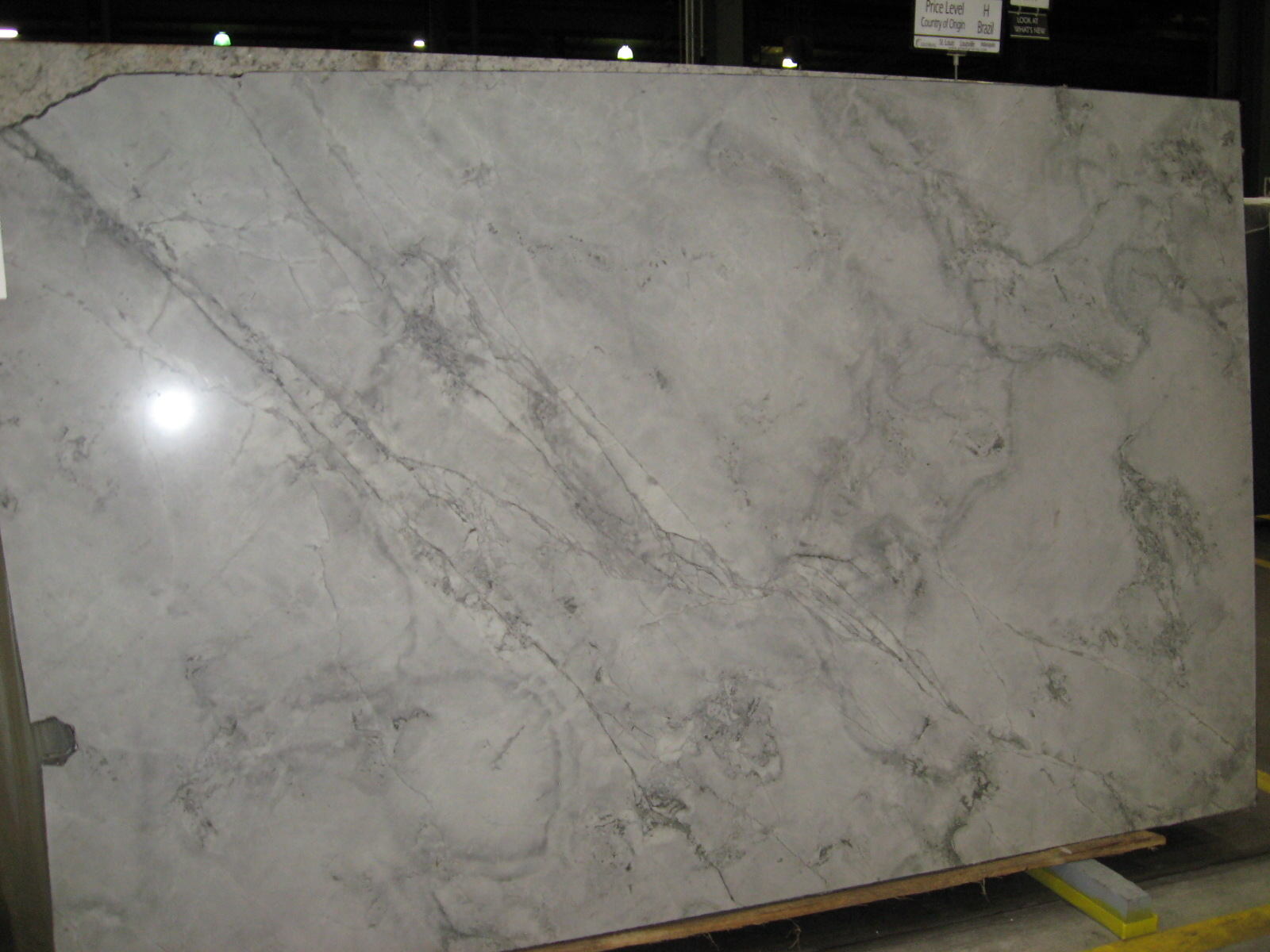Granite marble product gallery indianapolis granite for Man made quartz countertop